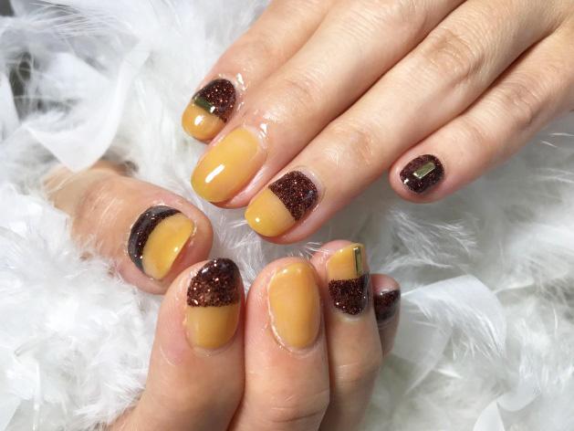 秋色キャラメルネイル